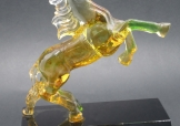 特製馬形琉璃水晶奬座
